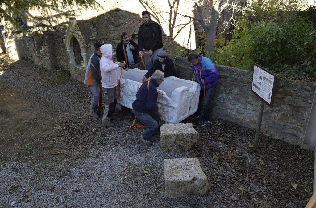Deplacement du sarcophage